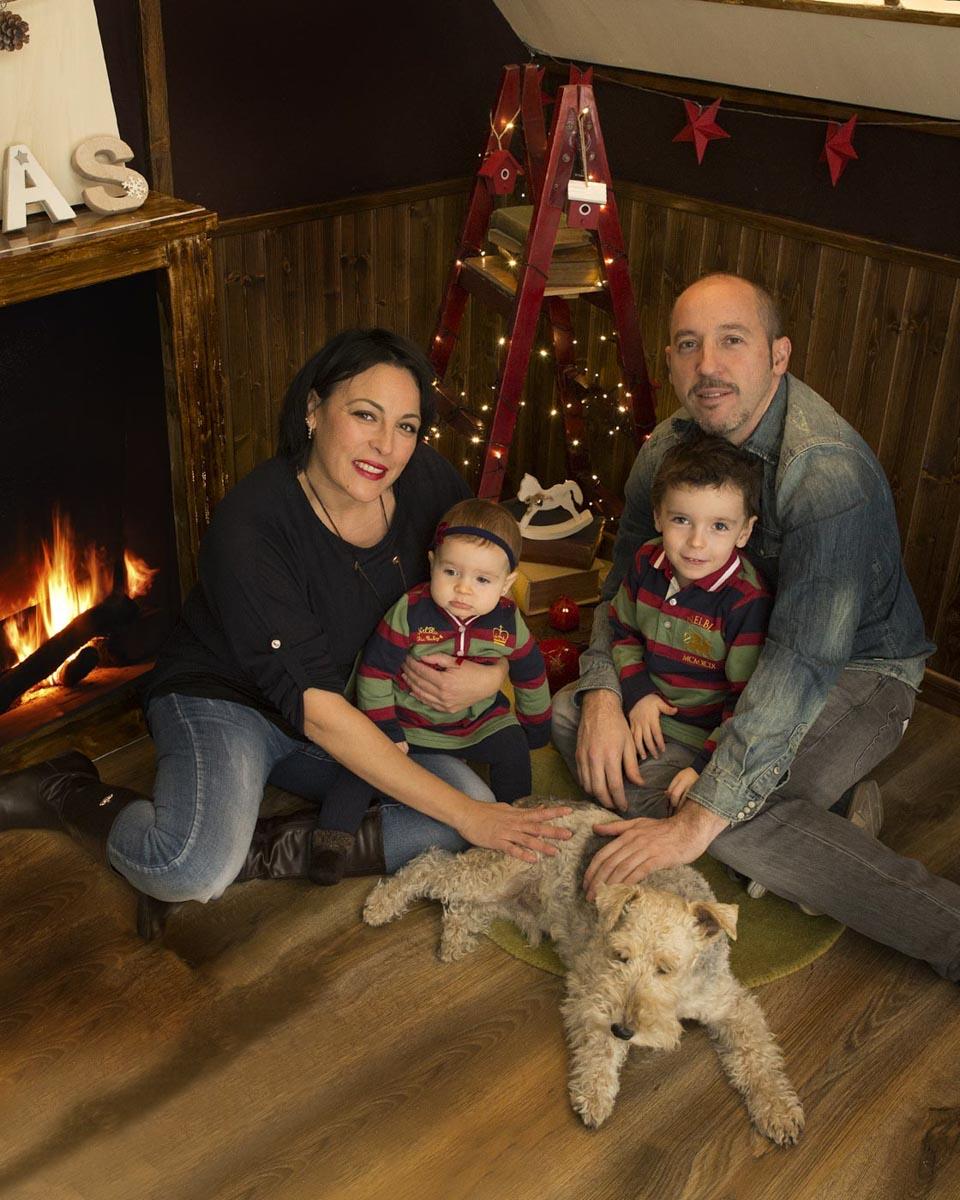 foto familia con perro